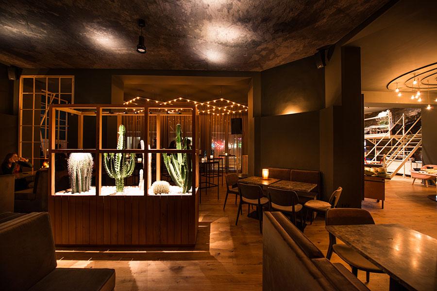 prince restaurant berlin. Black Bedroom Furniture Sets. Home Design Ideas